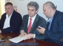 Nicolaescu impreuna cu liderii PNL Buxzau