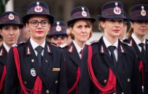 Școala de Pompieri își deschide porțile și pentru candidații de sex feminin