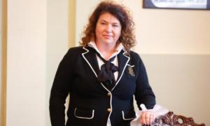 Dr. Carmen Orban dă Institutul Fundeni pe Grupul Monza