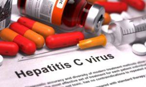 Tratamentul pacienților cu hepatita C nou diagnosticați, blocat de trei luni