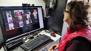 Părinții cer trecerea școlilor în online, în localitățile cu incidență de peste 6 la mie