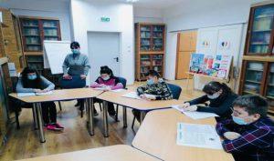 S-a stabilit cuantumul burselor pe trimestrul II pentru elevii cu nevoi speciale din Buzău