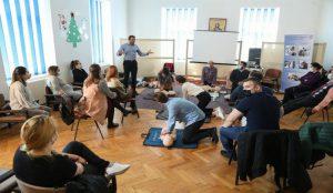 Buzoienii, așteptați la un curs gratuit de resuscitare și defibrilare